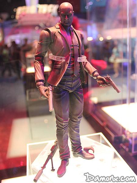 Figurine Play Arts Kai – Hitman