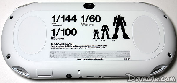 Console PS Vita 2000 Gundam Breaker Starter Pack